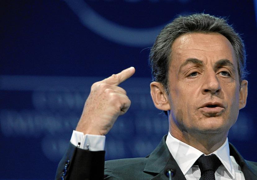 Sarkozy på ställs inför rätta för korruption